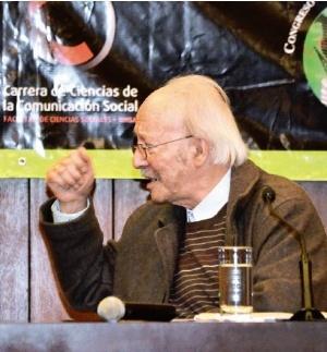 Darío Restrepo pide  mayor independencia a los medios
