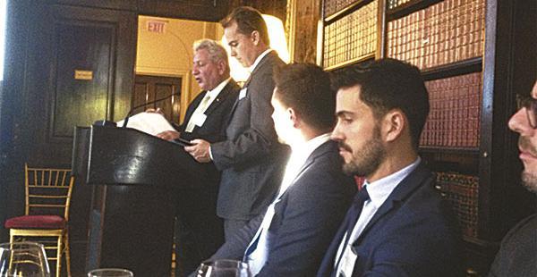 El gobernador cruceño, Rubén Costas, viajó a Nueva York para exponer la marca Santa Cruz en procura de conseguir inversiones