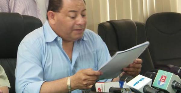 El ministro de Gobierno, Carlos Romero, en la conferencia de prensa en la que brindó resultados del Plan Ñandereko