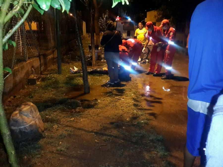 Anoche un joven murió electrocutado.