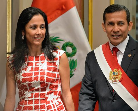 El presidente peruano Ollanta Humala junto a su esposa Nadine Heredia
