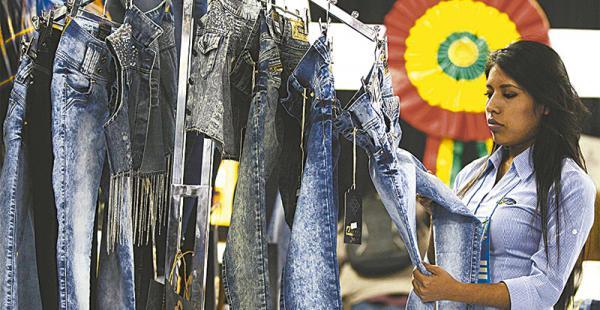 Los textileros, el sector de la madera y de metalmecánica, según Fedemype, son los más afectados