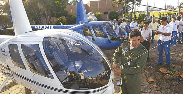 Los dos helicópteros que tiene  la Policía serán parte del control