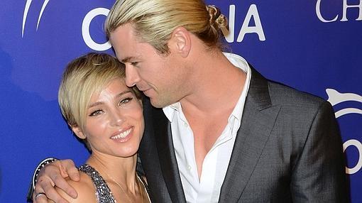 La atractiva pareja, Elsa Pataky y su marido Chris Hemsworth