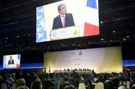 El ministro de Medio Ambiente de Perú y presidente de la COP20, Manuel Pulgar Vidal, interviene en la inauguración de la 21ª conferencia del clima (COP21) . Foto: AFP