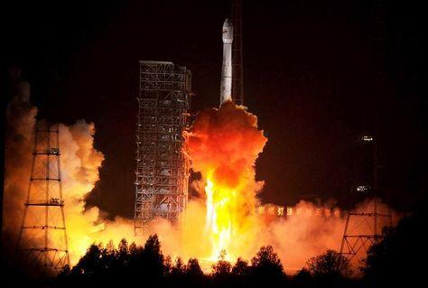 Lanzamiento del satélite Túpac Katari, diciembre de 2013. Foto: ABI
