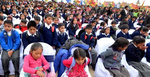 El presidente Evo Morales inaugurará la gestión académica en Oruro y otras autoridades lo harán en el resto del país.