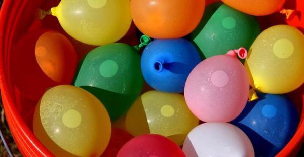 La población emplea el líquido vital como principal recursos para divertirse en durante las fiestas carnestolendas