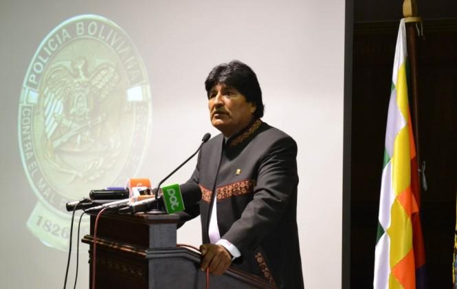 Morales destaca la necesidad de construir viviendas en frontera para policías