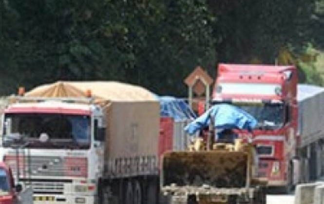 Transportistas reforzarán bloqueos frente a negativa del gobierno