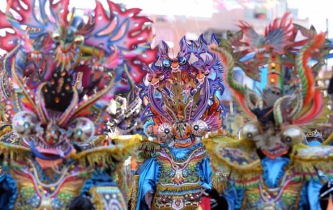 Precio de asientos para el carnaval de Oruro oscila entre 50 y 350 bolivianos