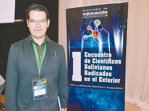 Ciencia. José Iranzo durante su participación en el encuentro de científicos radicados en el exterior.