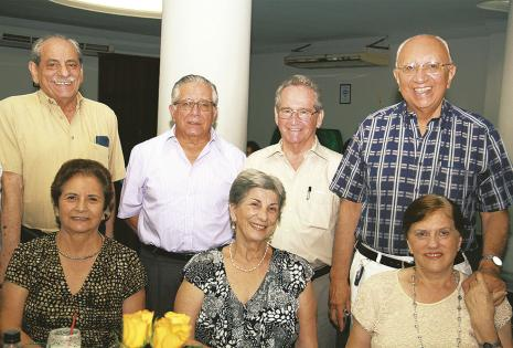 Juan Abuawad, Fernando Pacheco, Constantino Weise, Alfredo Romero, Elda de Melgar, Ilse de Weise y Elsa de Romero
