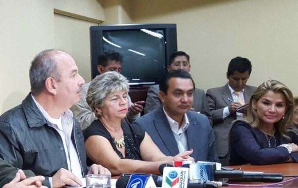 Opositores dejarán que Evo cumpla su mandato hasta el 2019