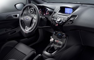 Ford-Fiesta-ST200-9