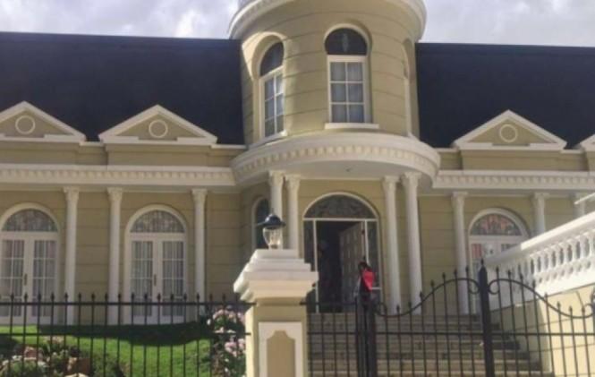 Ministerio Público allanó la residencia de Gabriela Zapata, expareja de Evo