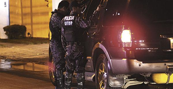 La Policía desarrolló un operativo inusual en la zona de Las Palmas