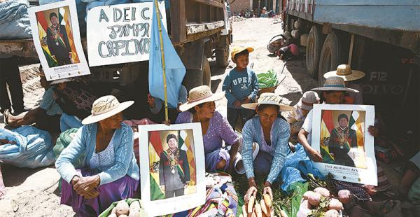 la fidelidad a evo morales el presidente dice que tiene un pacto de sangre con los indígenas y campesinos Los sectores rurales apoyaron al presidente en una de sus horas más bajas, acosado por las denuncias