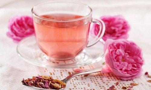 Infusion de rosa y melisa