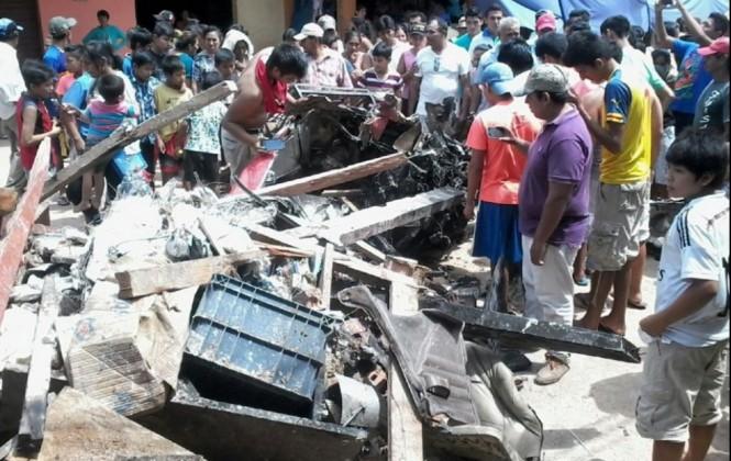"""""""Fue como un infierno"""": Caída de avioneta en mercado de Santa Ana del Yacuma causa al menos seis muertos"""