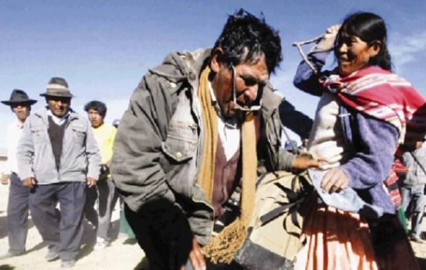 Evo puede recibir chicotazos, según la justicia indígena