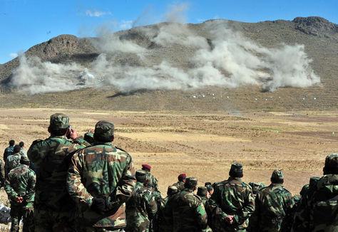 Ejercicios tácticos militares
