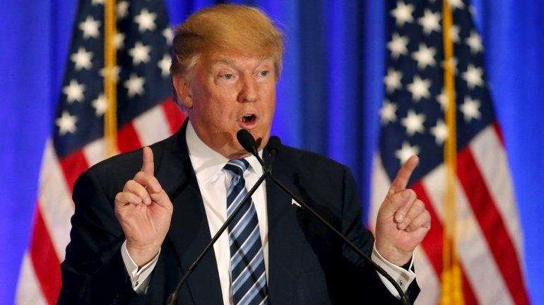 Donald Trump lidera la interna republicana