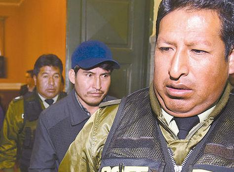 Damián Condori, tras abandonar el juzgado. Foto: archivo - Miguel Carrasco