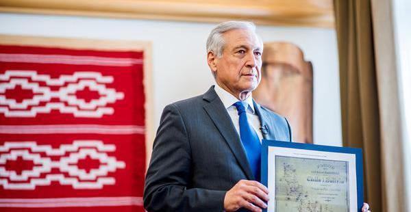 El canciller chileno Heraldo Muñoz presentó el mapa de 1904 para respaldar su argumento sobre el río Silala