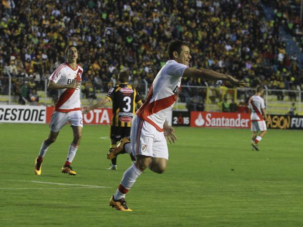 the-strongest-vs-river-plate