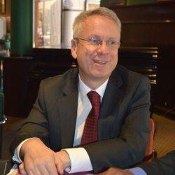 JAMES THORNTON, EMBAJADOR BRITÁNICO EN BOLIVIA.