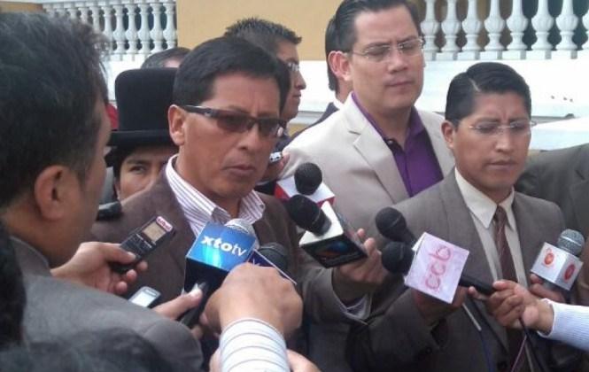 Renuncia Secretario General de Gobernación por presunta injerencia de la esposa de Patzi