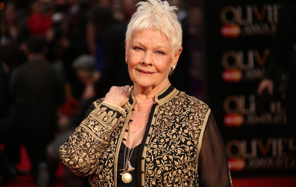 Dame Judi Dench, en la entrega de los premios Olivier en Londres.
