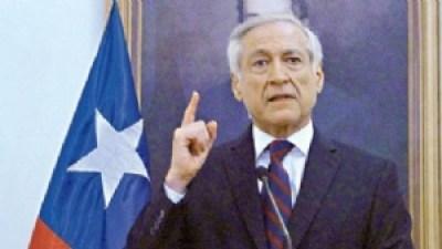 """Canciller de Chile anuncia que no responderá más a """"ataques y agravios"""" de Morales"""