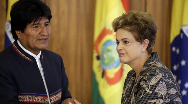 Evo Morales dice que la derecha quiere dar golpe a Dilma Rousseff