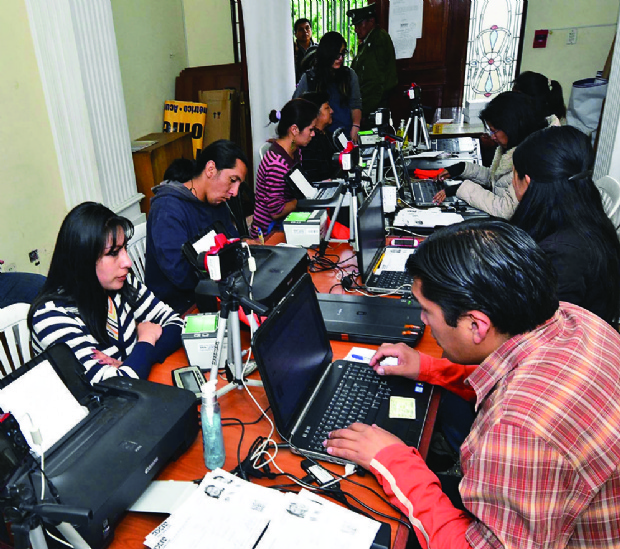 Misión de OEA llega en mayo para auditar padrón electoral