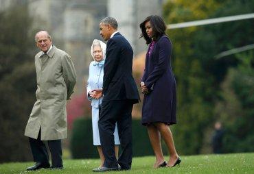 El duque de Edimburgo, la reina de Inglaterra, el presidente de EEUU y la primera dama.