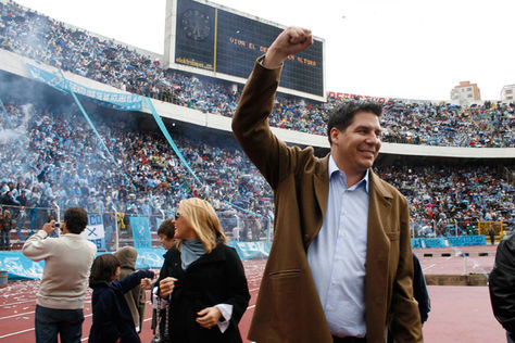 Marcelo Claure durante un compromiso en el estadio Hernando Siles.