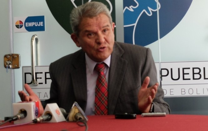 Defensor Villena recuerda que Morales usó los métodos de protesta que ahora reprime