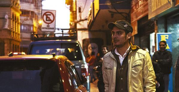 Delius, al momento de salir de la Fiscalía. Estuvo cuatro horas en La Paz y regresó rápidamente a Santa Cruz