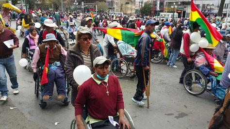 Movilización de las personas con discapacidad en el Prado de La Paz