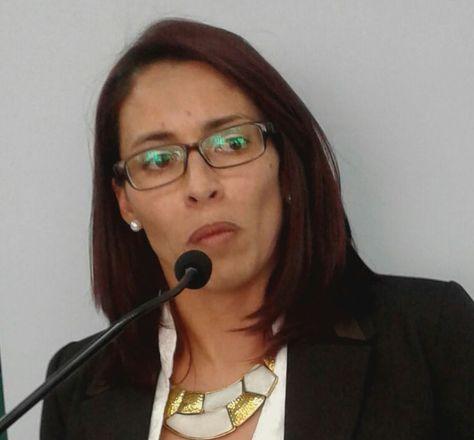 El ministro de Economía, Luis Arce, posesionó el miércoles a la exviceministra de Lucha Contra la Corrupción, Jessica Saravia, como nueva Directora Ejecutiva de la Autoridad de Fiscalización del Juego (AJ)