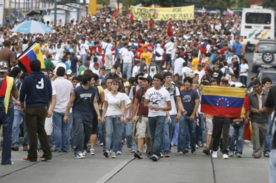 Chavismo y oposición miden fuerza de convocatoria en Caracas (ARCHIVO/Eduardo Fuentes)