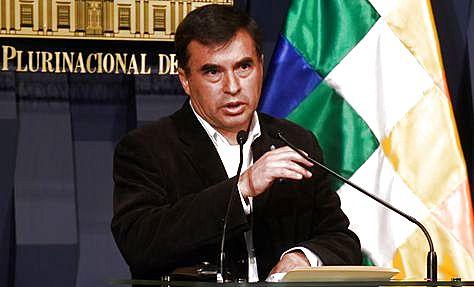 El ministro Juan Ramón Quintana reiteró su invitación al diálogo a los discapacitados.