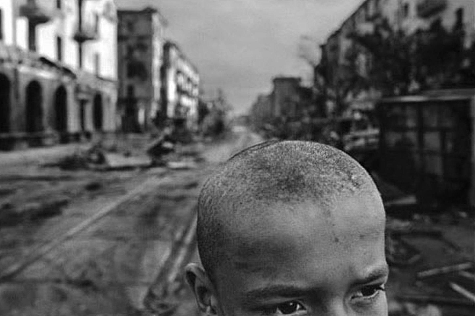 (Chechenia, 1996). Natchwey ha ganado dos veces el World Press Photo, en 1992 y 1994, y cinco veces la medalla de Oro Robert Capa