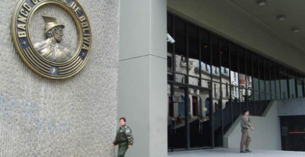 El Banco Central de Bolivia informó que las Reservas Internacionales Netas sufrieron una caída de 900 millones de dólares