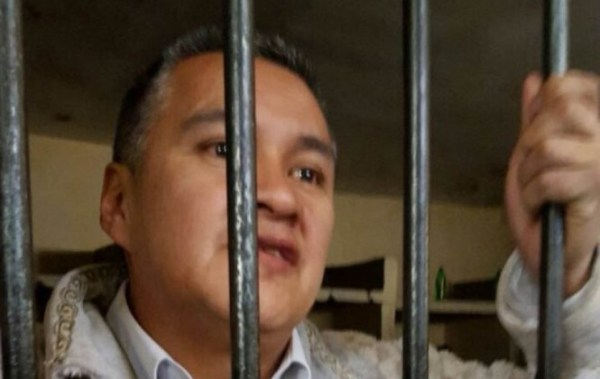 Cuatro ministerios se querellan contra León y Justicia le quita la matrícula de abogado