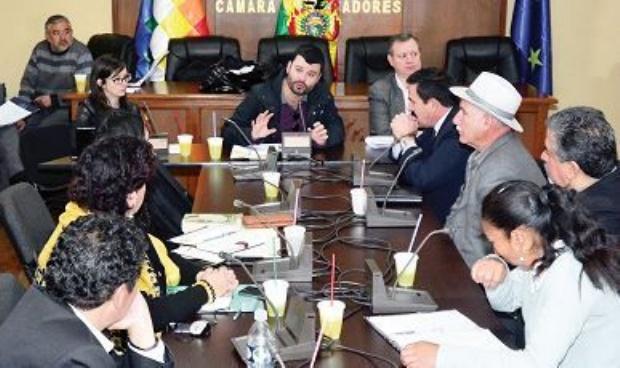 Comisión no descarta viajar a Panamá por más información