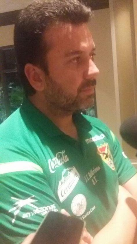 El seleccionador boliviano Julio César Baldivieso.