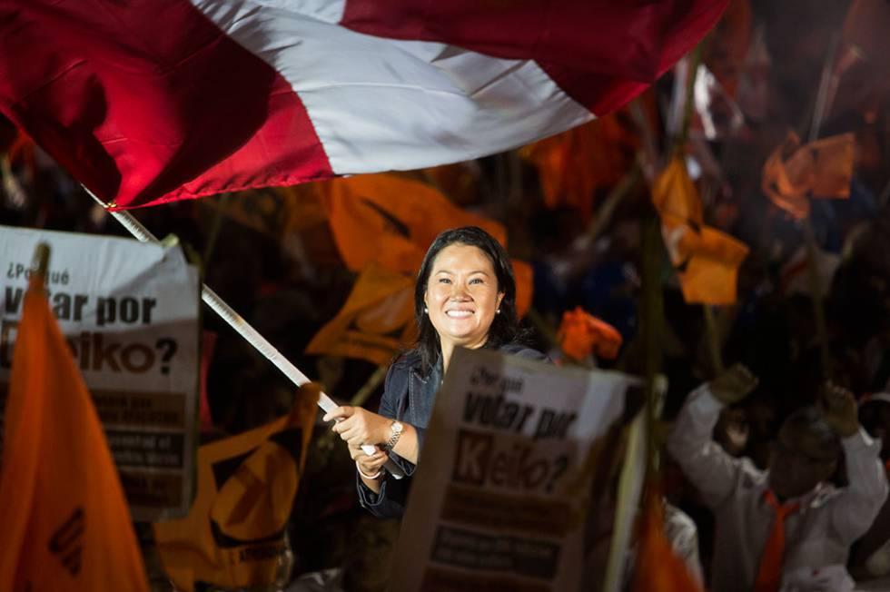 Keiko Fujimori cierra su campaña en Villa El Salvador, Lima.